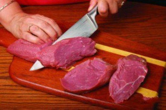 Стейк из говядины в духовке: рецепт традиционный