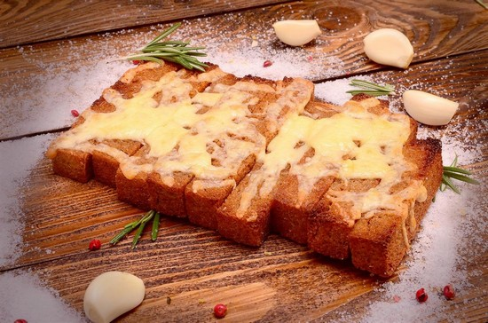 Гренки из хлеба к пиву