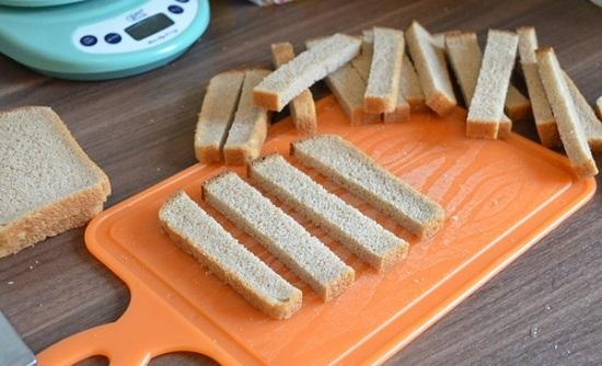 Начнем с правильной нарезки хлебных ломтиков