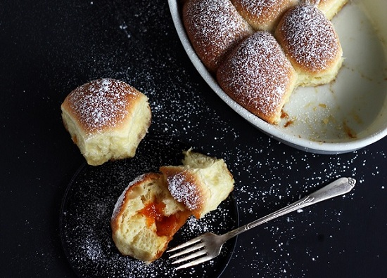 рецепт булочек на дрожжах в духовке