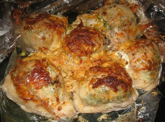 Фаршированные куриные бедра