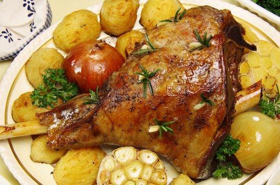 Баранина с картошкой и овощами