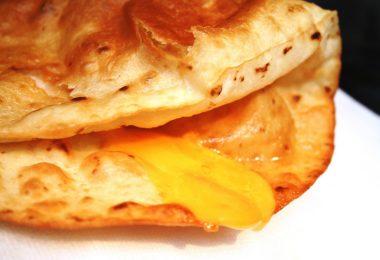 Лепешки с сыром в духовке: рецепт