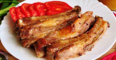 Ребра в духовке: рецепт с картошкой