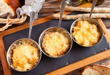 Рецепт жульена с курицей в духовке (с грибами)