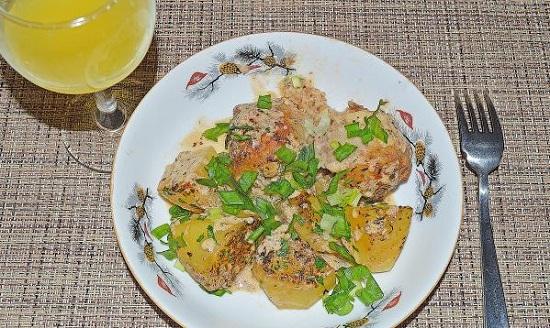 Котлеты в сметанном соусе в духовке: рецепт