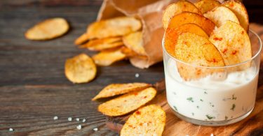 Как правильно готовить домашние чипсы?