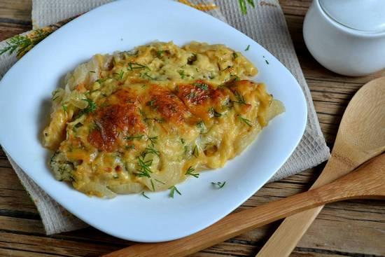 Рецепт горбуши в духовке с сыром и картофелем