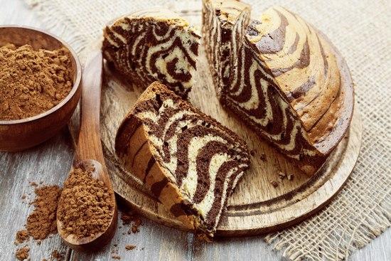 Пирог Зебра на сметане в духовке