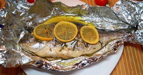 Пряная рыба дорадо в духовке