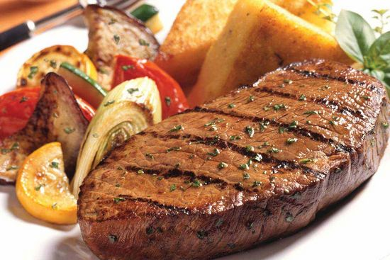 Стейк из говядины в духовке: рецепт